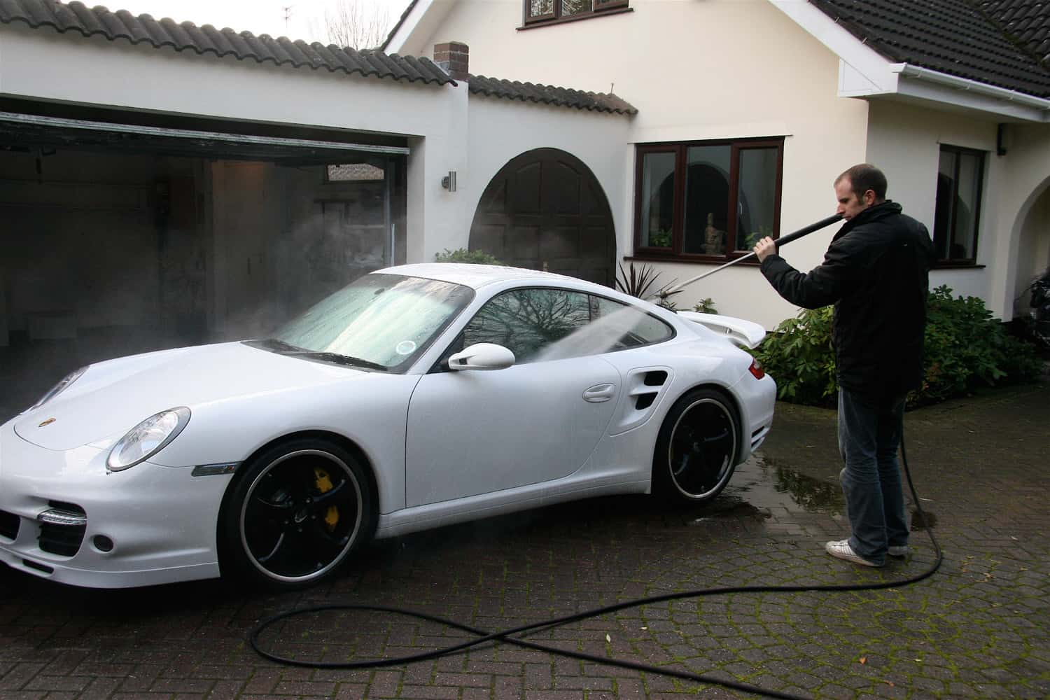 Porsche 997 Turbo Carrera White Miracle Detail